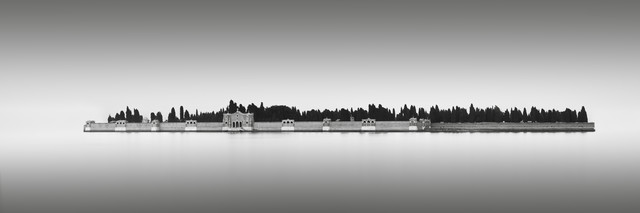 Isola di San Michele - Venedig - Fineart photography by Ronny Behnert