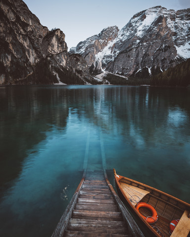 THE LAKE. - Fineart photography by Philipp Heigel
