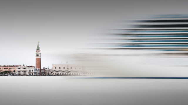 Costa Luminosa - Venice - Fineart photography by Ronny Behnert