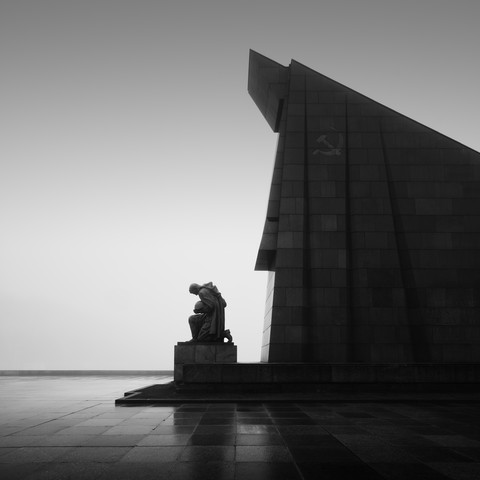 Soviet War Memorial Berlin - Study 2 - Fineart photography by Ronny Behnert