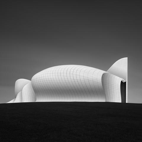 Heydar Aliyev Center Baku - Study 2 - Fineart photography by Ronny Behnert