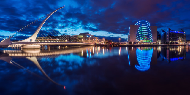 Dublin by Night - Fineart photography by Jean Claude Castor