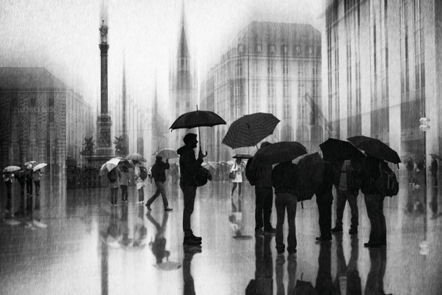rain in Munich - Fineart photography by Roswitha Schleicher-Schwarz