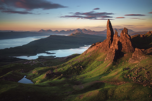 The Old Man of Storr Alpenglow - Fineart photography by Jean Claude Castor