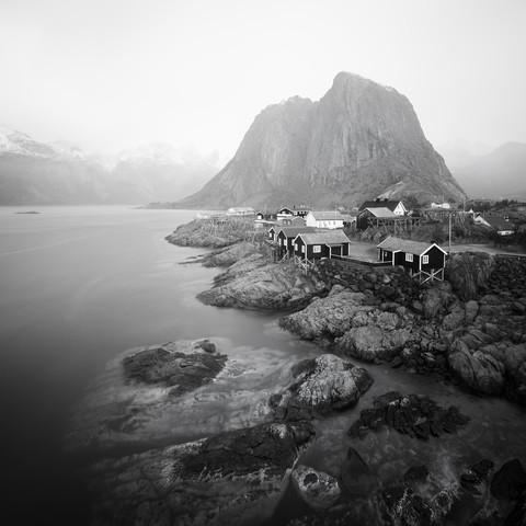 Hamnøy Lofoten - Fineart photography by Dennis Wehrmann