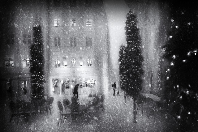 Christmas in the City - Fineart photography by Roswitha Schleicher-Schwarz