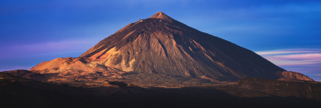 Tenerife Teide Panorama during Sunrise - Fineart photography by Jean Claude Castor