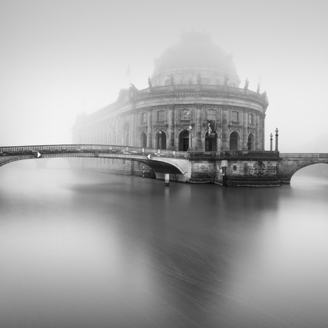 Berliner Bode-Museum im Nebel - Fineart photography by Ronny Behnert