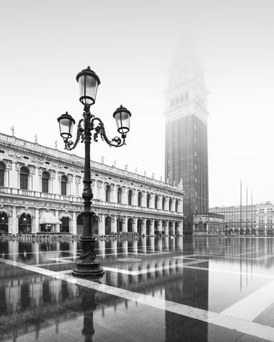 Piazzetta III Venezia - Fineart photography by Ronny Behnert