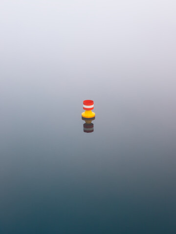 blue meets red and yellow - Fineart photography by Holger Nimtz