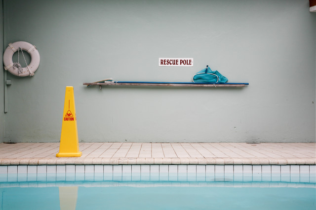Rescue-Schild am Pool - Fineart photography by Lioba Schneider