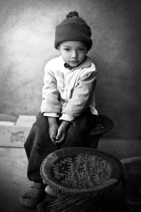 Victoria Knobloch, Boy in Kathmandu (Nepal, Asia)