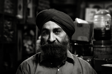 Victoria Knobloch, Tea Man (India, Asia)