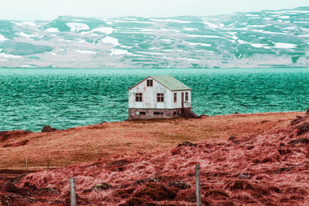 Susanne Kreuschmer, pink field house (Iceland, Europe)