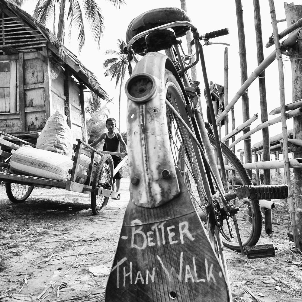 Better than walk - fotokunst von Manfred Koppensteiner