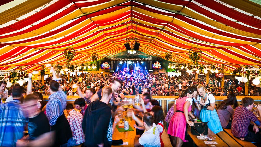 Fun Fair Cannstatter Wasen - Fineart photography by Christoph Kalck