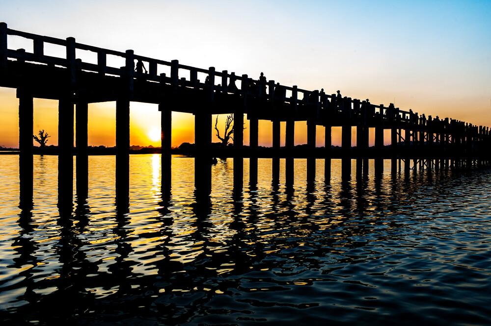 the bridge  - Fineart photography by Simon Bode