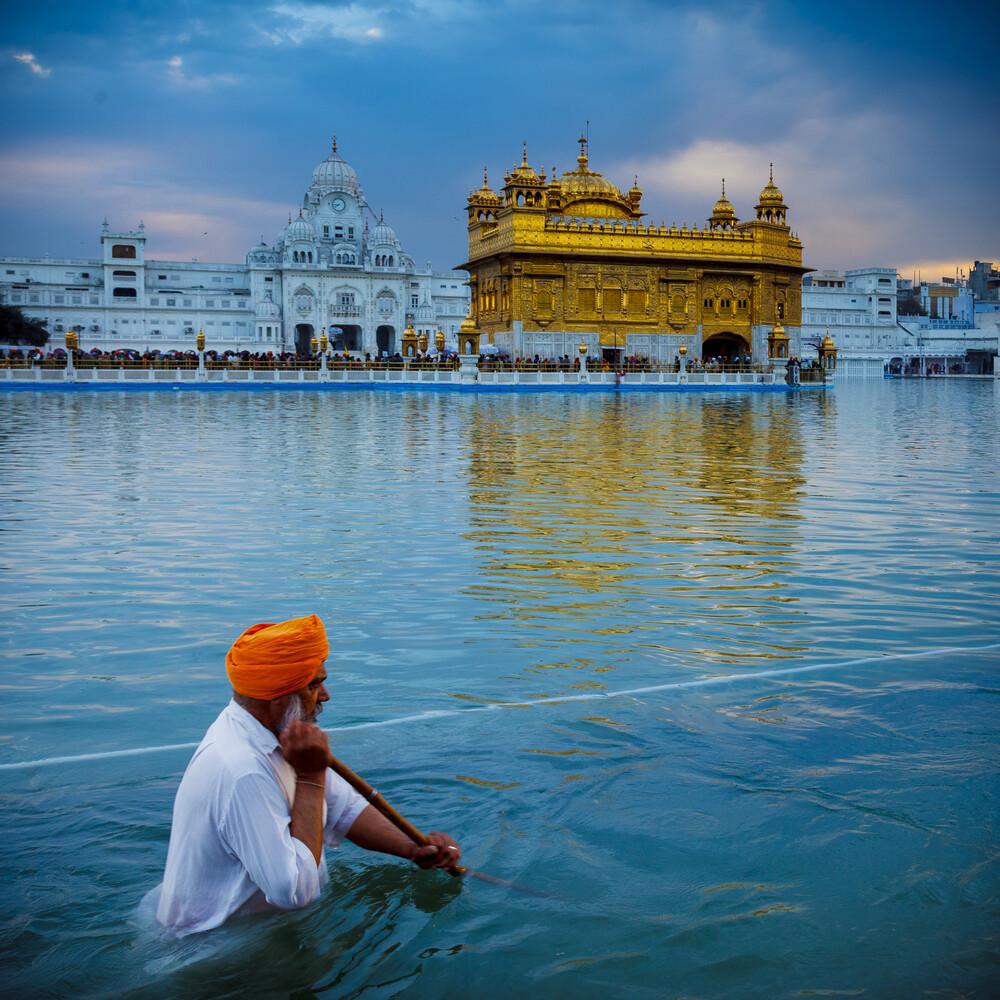 Am Goldenen Tempel - fotokunst von Jens Benninghofen