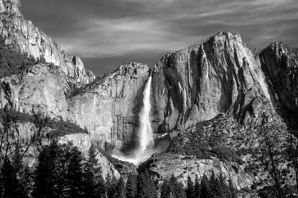 Yosemite Falls - fotokunst von Jörg Faißt