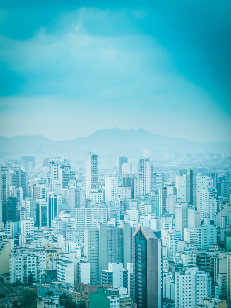 City in Blue 2 - fotokunst von Johann Oswald