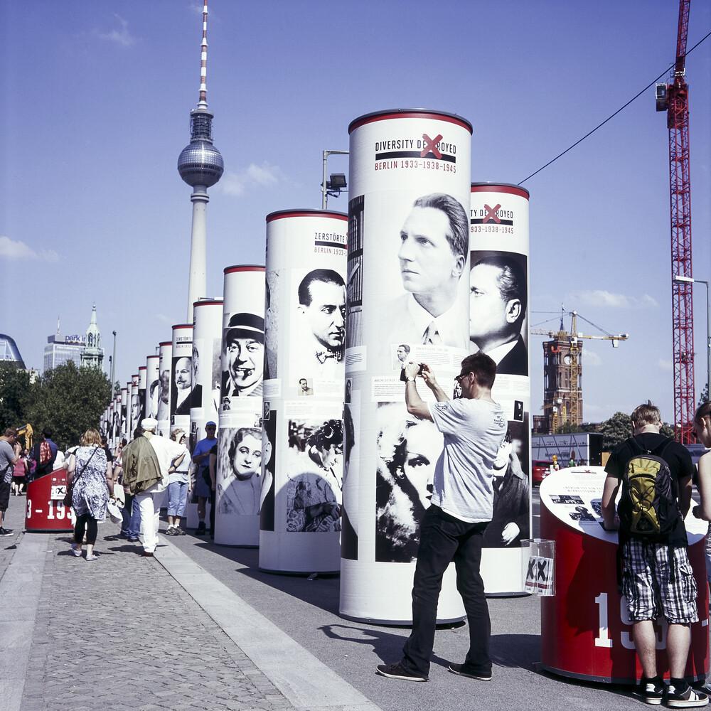 Unter den Linden, Berlin-Mitte - fotokunst von Jost Galle