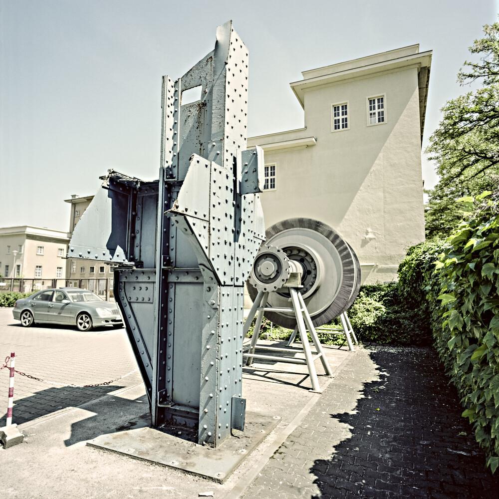Teltowkanalstraße, Berlin-Steglitz - fotokunst von Jost Galle