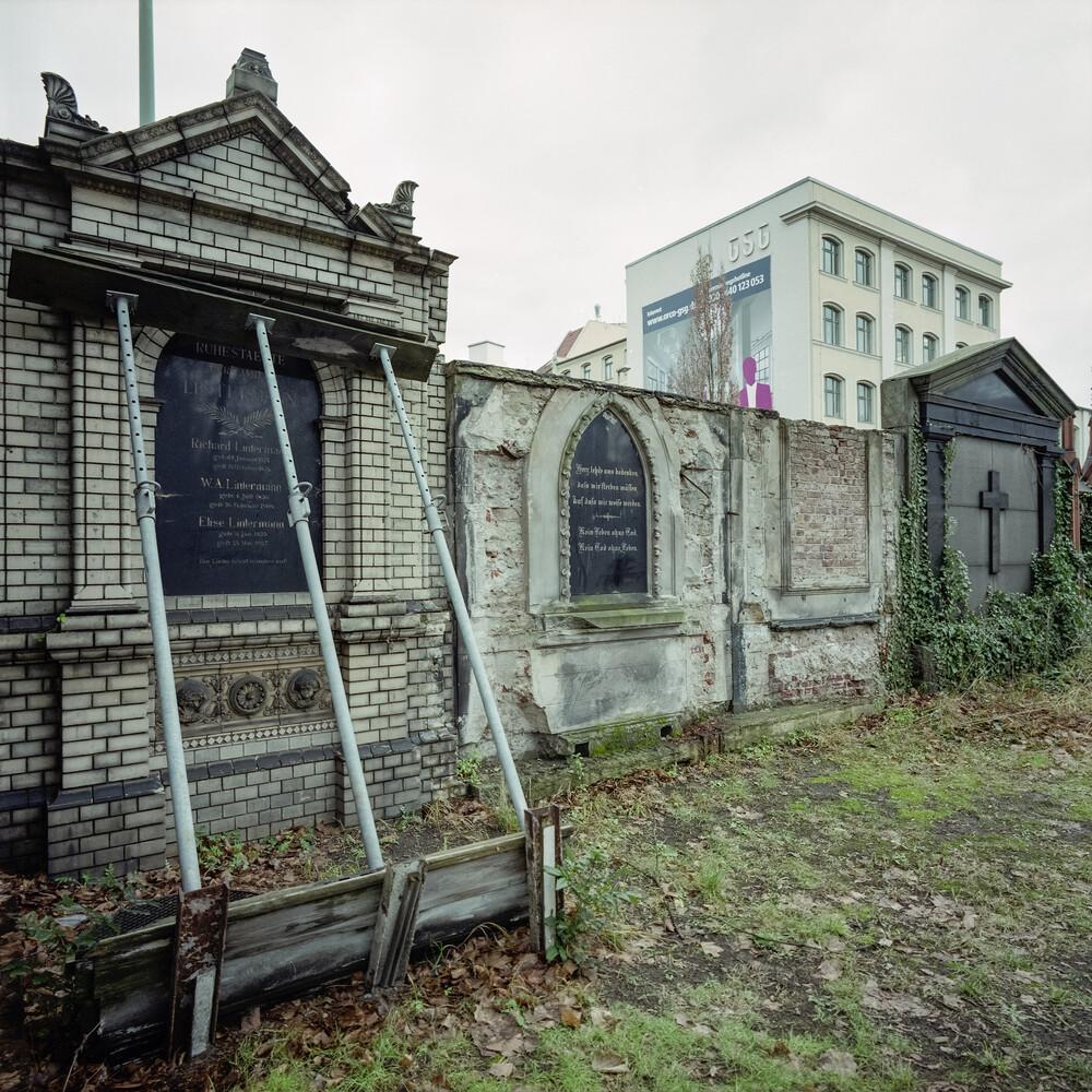 Zossener Straße, Berlin-Kreuzberg - Fineart photography by Jost Galle