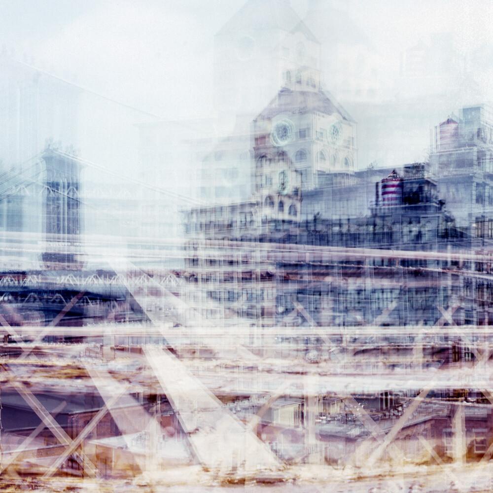 moving Brooklyn bridge New York - Fineart photography by Franzel Drepper