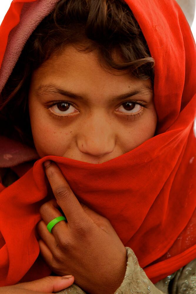 Refugee girl in Kabul - Fineart photography by Christina Feldt