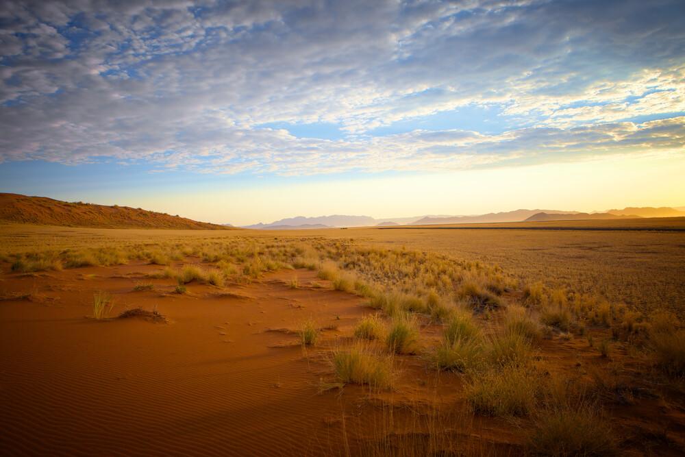 Sonnenaufgang in der Wüste - fotokunst von Norbert Gräf
