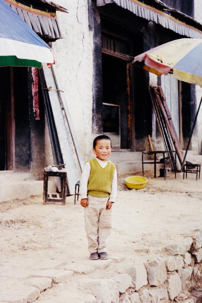 Tibetan boy, 2002 - Fineart photography by Eva Stadler