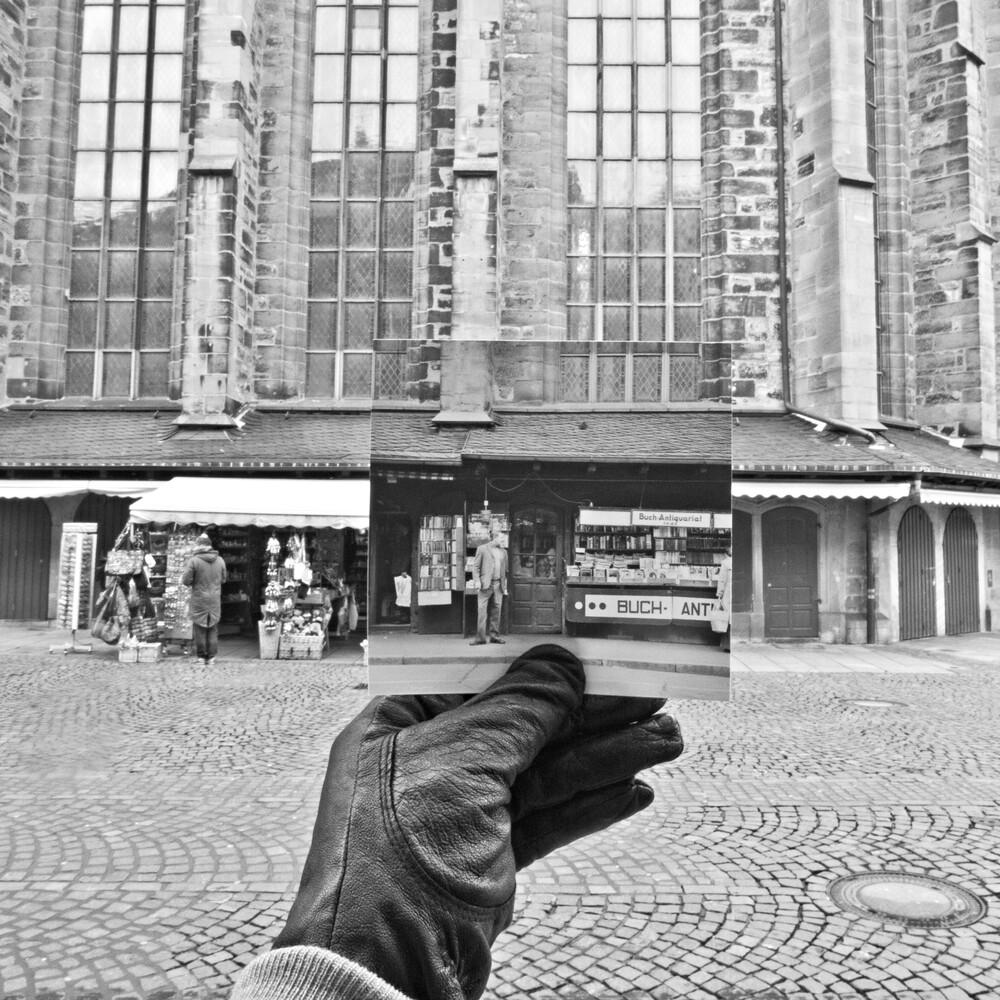 1977/2013 Heidelberg, Marktplatzbude - fotokunst von Sophia Frohmuth