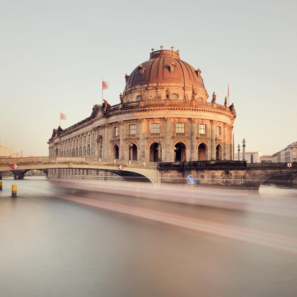 Speed City - Fineart photography by Matthias Makarinus