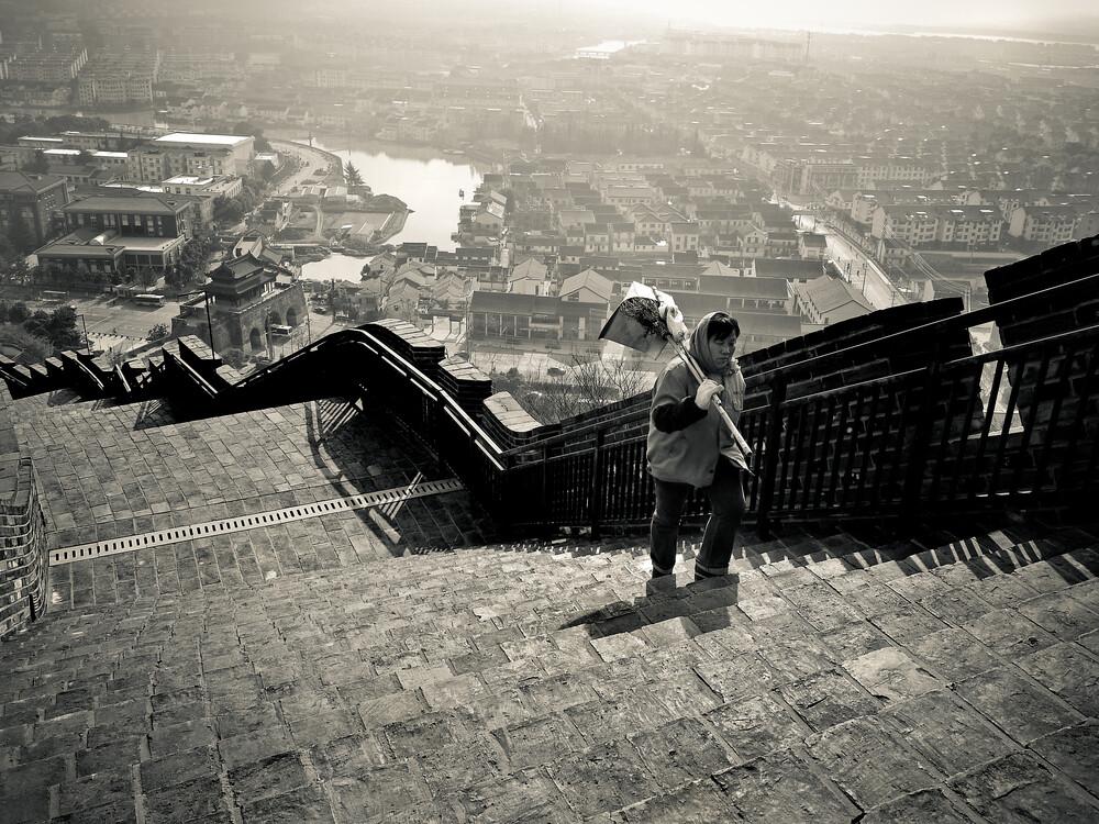 Street Cleaner - fotokunst von Rob Smith