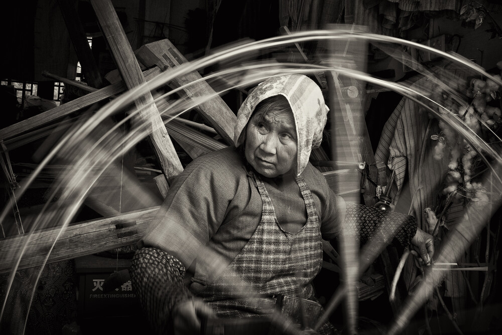 Spinning - Fineart photography by Rob Smith