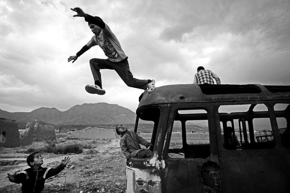 After School Time - fotokunst von Rada Akbar