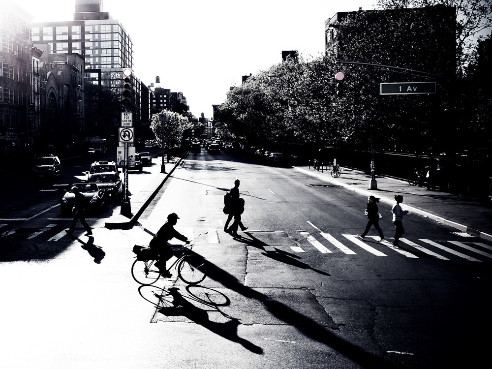 NYC - 1 Av - fotokunst von Kay Block