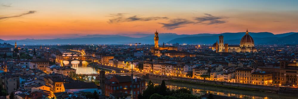 Toskana - Florenz Ponte Vecchio - fotokunst von Jean Claude Castor