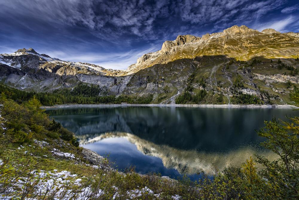 Lake de Tseuzier-B , Switzerland - fotokunst von Franzel Drepper