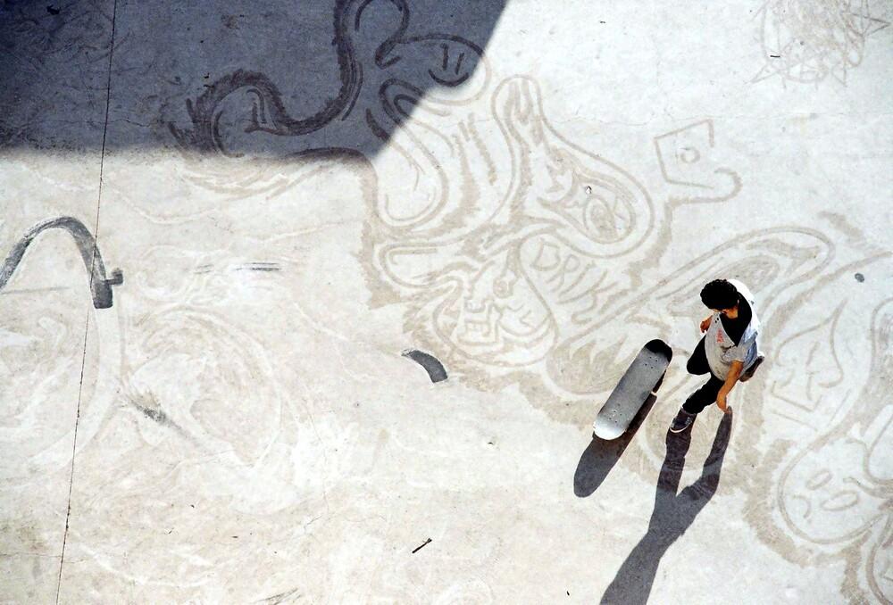 Skateur aux Abattoirs de Casablanca - Fineart photography by Daniel Ritter