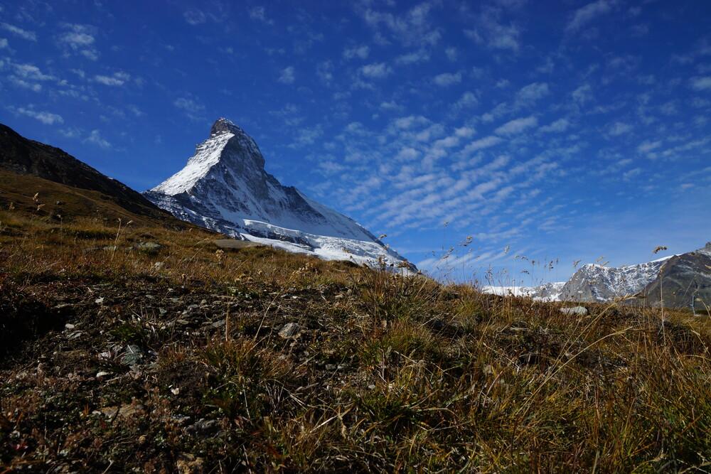Unter dem Matterhorn... - fotokunst von Jelka Greiner