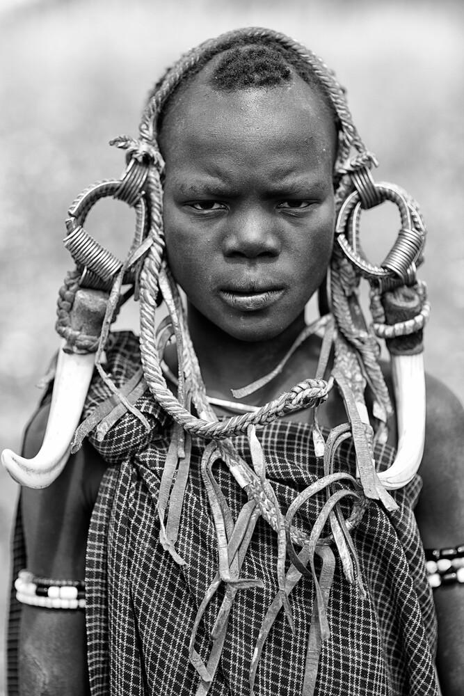 Mursi - Fineart photography by Nicole Cambré