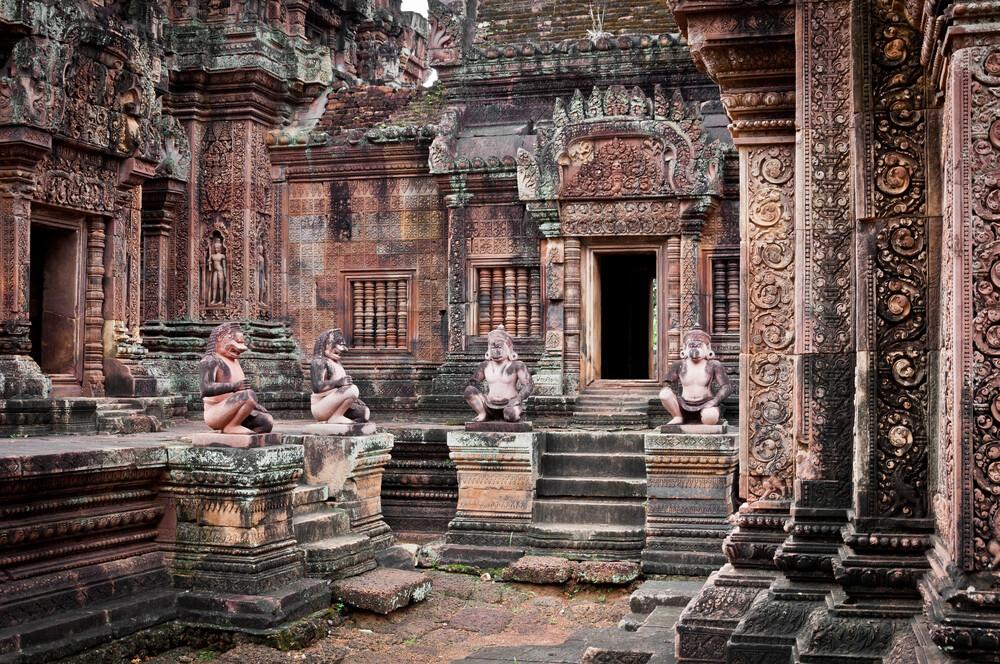 Banteay Srei - fotokunst von Staffan Scherz