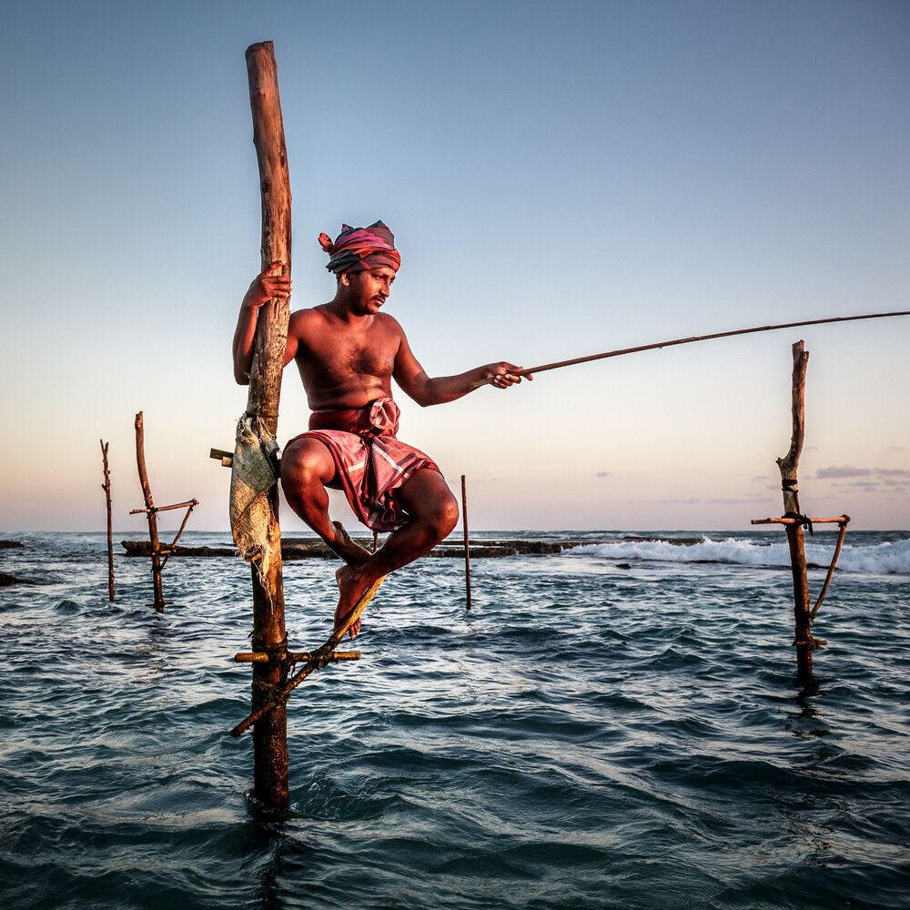 Sri Lanka Fisher - fotokunst von Jens Benninghofen