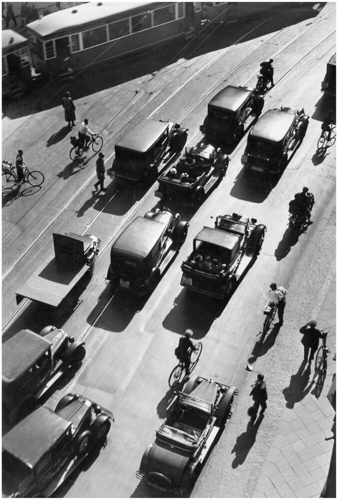 Berliner Verkehr - fotokunst von Süddeutsche Zeitung Photo