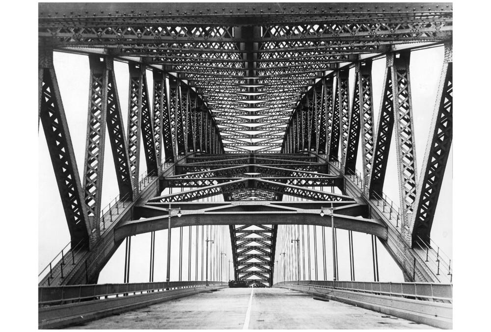 Bayonne Brücke über den Kill van Kull - fotokunst von Süddeutsche Zeitung Photo