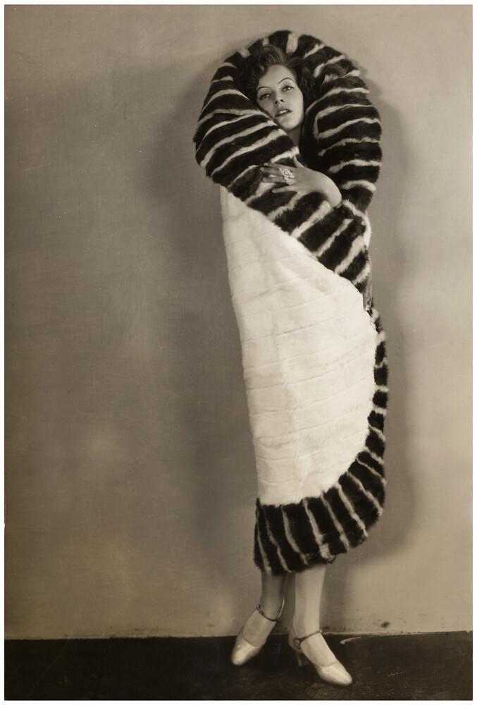 Greta Garbo - Fineart photography by Süddeutsche Zeitung Photo