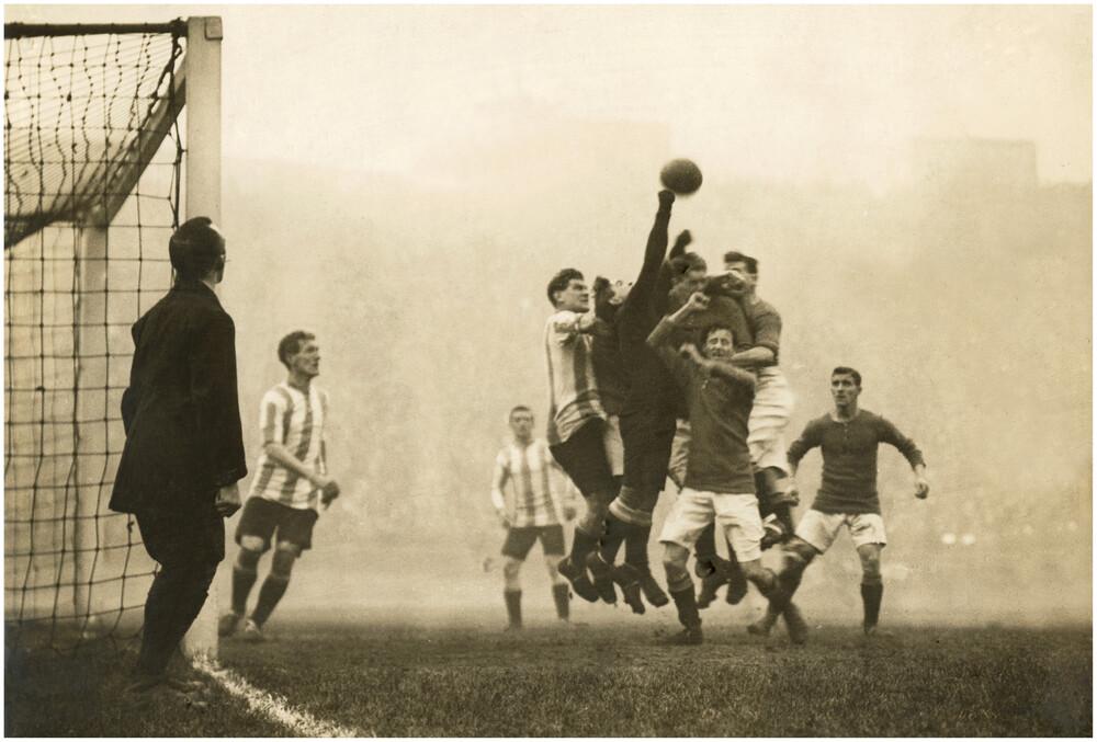 Fußball 1914 - fotokunst von Süddeutsche Zeitung Photo