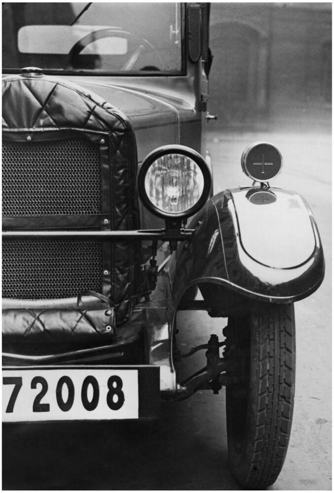 Automobil - Fineart photography by Süddeutsche Zeitung Photo