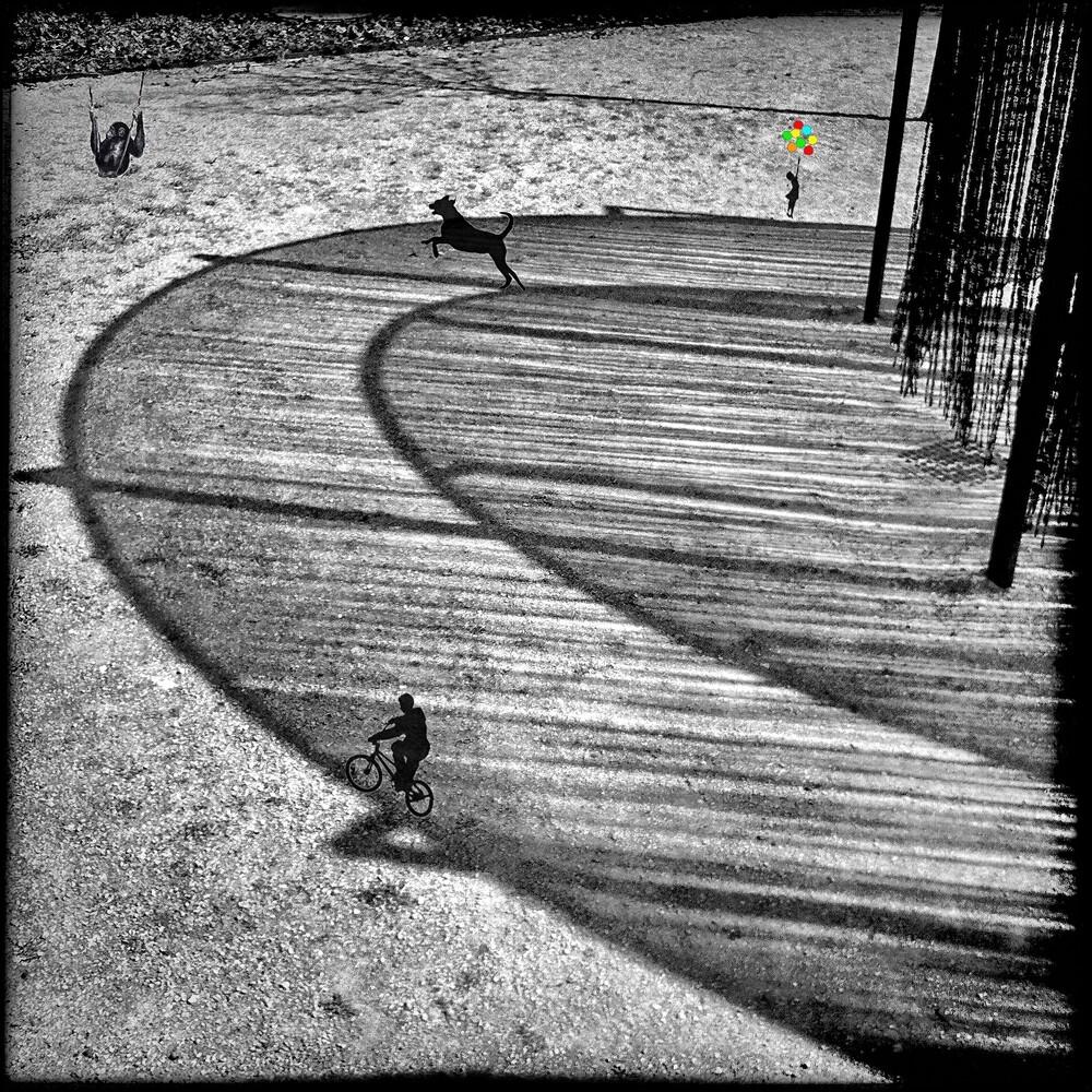 Play(g)Round - fotokunst von Frank Wöllnitz